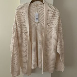 LA Hearts Cable Stitch Cardigan